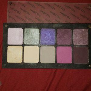 Inglot 10 pan palette